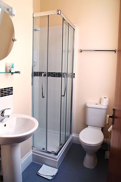 En-suite of Twin room
